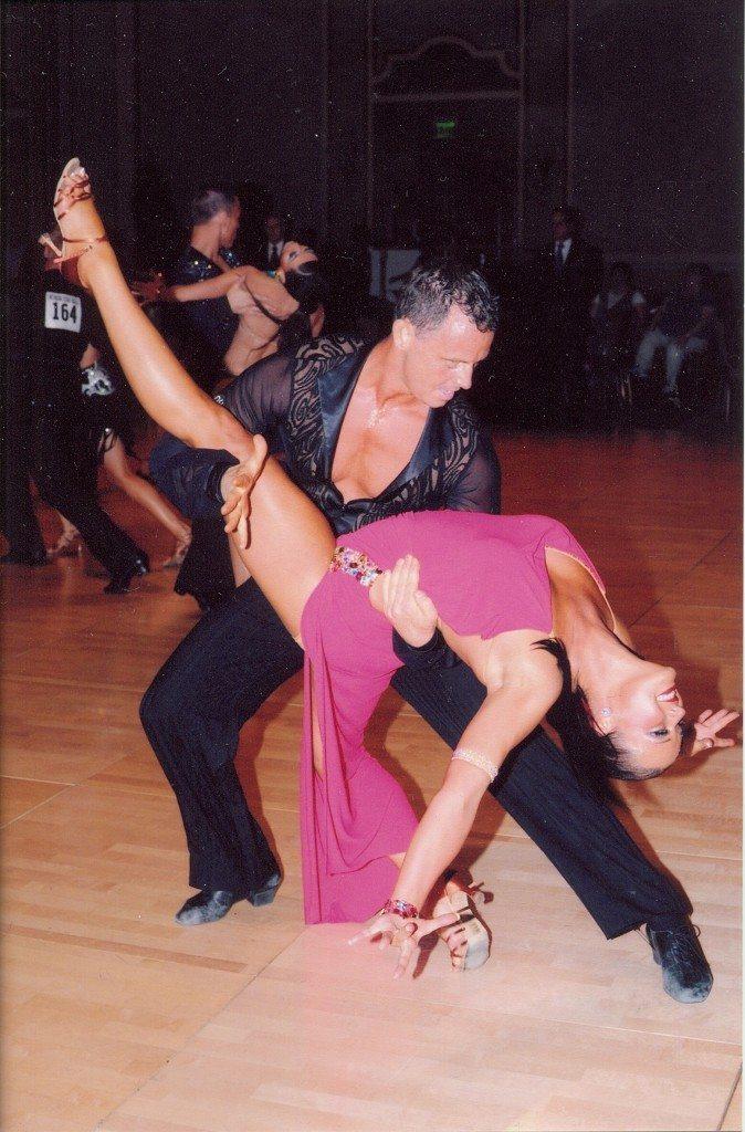 hans_dance
